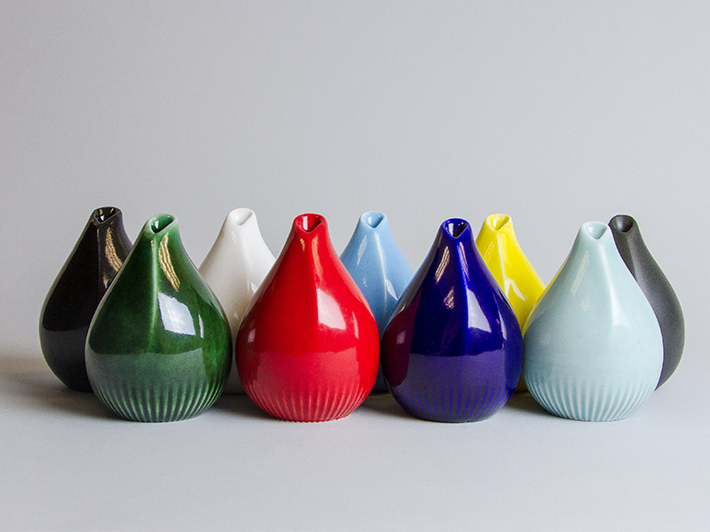 3D printed porcelain vaces by Salokannel